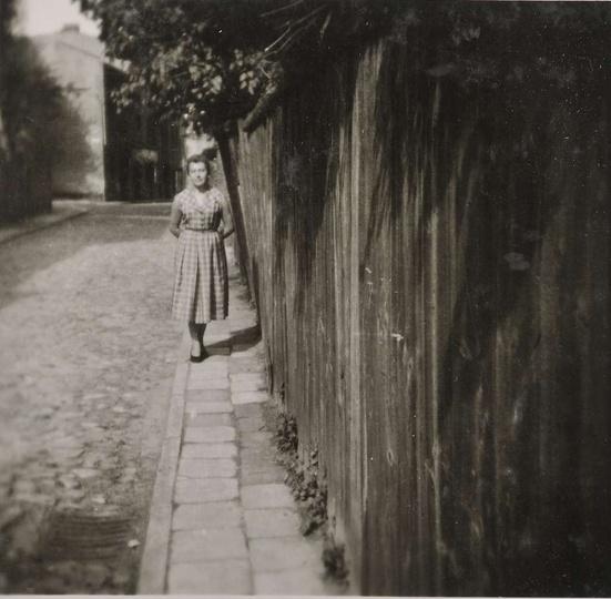 Ulica Farna, lata pięćdziesiąte. Ulica po lewej stronie to obecna Mickiewicza, ..., stare zdjęcia -