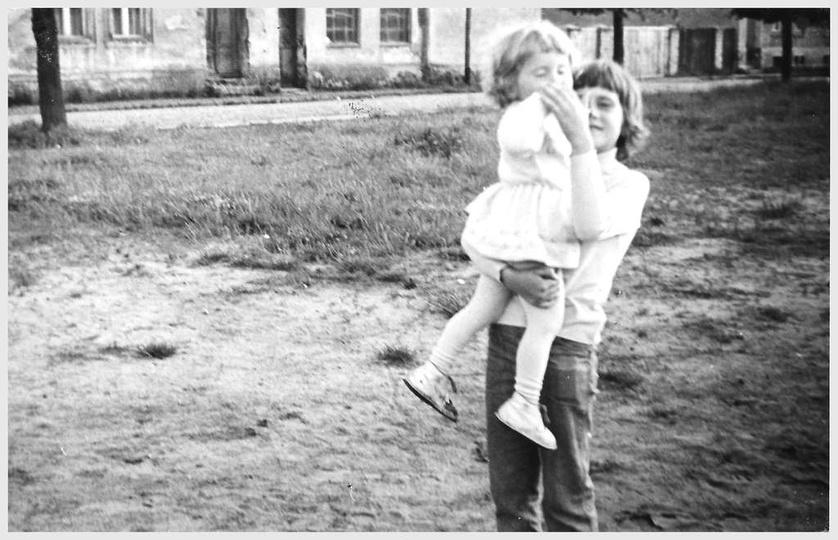 Plac Borek początek lat siedemdziesiątych. W prawym górnym rogu widać fragment b..., stare zdjęcia -