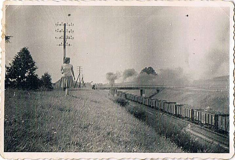 Koniec lat sześćdziesiątych, tzw. drugi most kolejowy, łączący ulicę Lazurową z ..., stare zdjęcia -