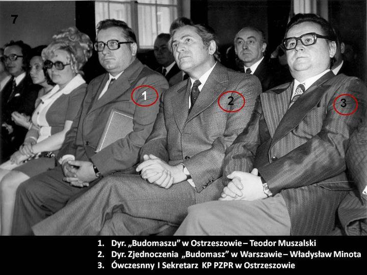 1 Maj 1974r.  W pierwszym rzędzie siedzą jak zaznaczono na zdjęciu.  Dla cieka..., stare zdjęcia -