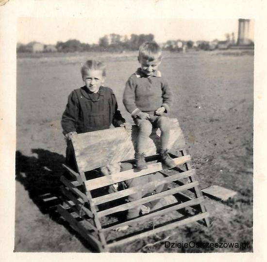 Koniec lat czterdziestych, okolice domu państwa Karwackich, przy ulicy Pogodnej...., stare zdjęcia -