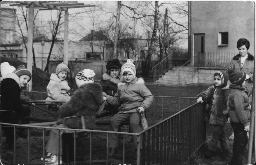 Zima 1974 roku. Przedszkole Nr 2 przy ulicy Boh. Stalingradu (Zamkowej). Oddane ..., stare zdjęcia -