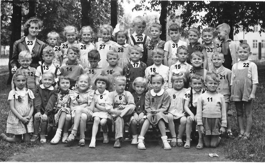 Przedszkole nr 1 przy ulicy Tadeusza Kościuszki. 20.06.1959 rok, na zdjęciu dzie..., stare zdjęcia -