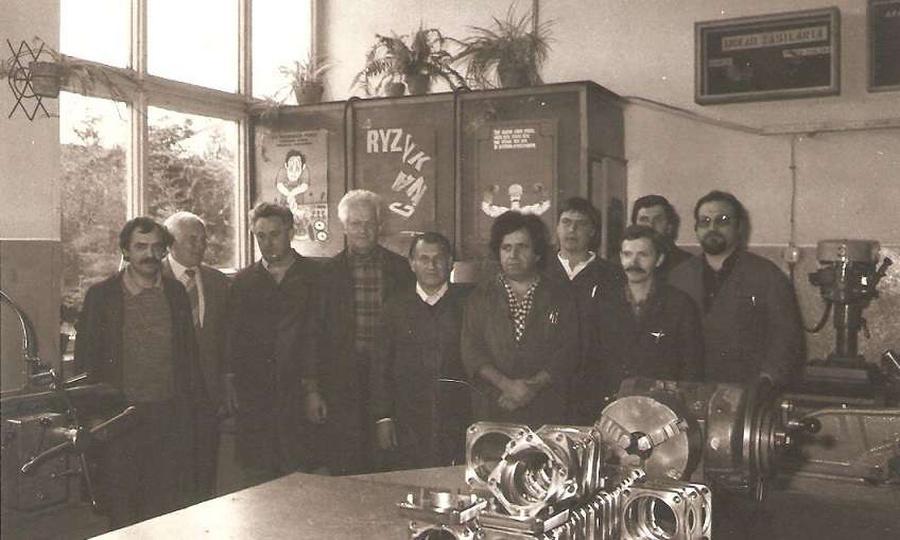 Wizytacja w Warsztatach Szkolnych przy FUM w Ostrzeszowie.Na zdjęciu kadra Kiero..., stare zdjęcia -