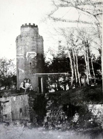 Lata sześćdziesiąte, wieża ciśnień przy ulicy Wrzosowej., stare zdjęcia -